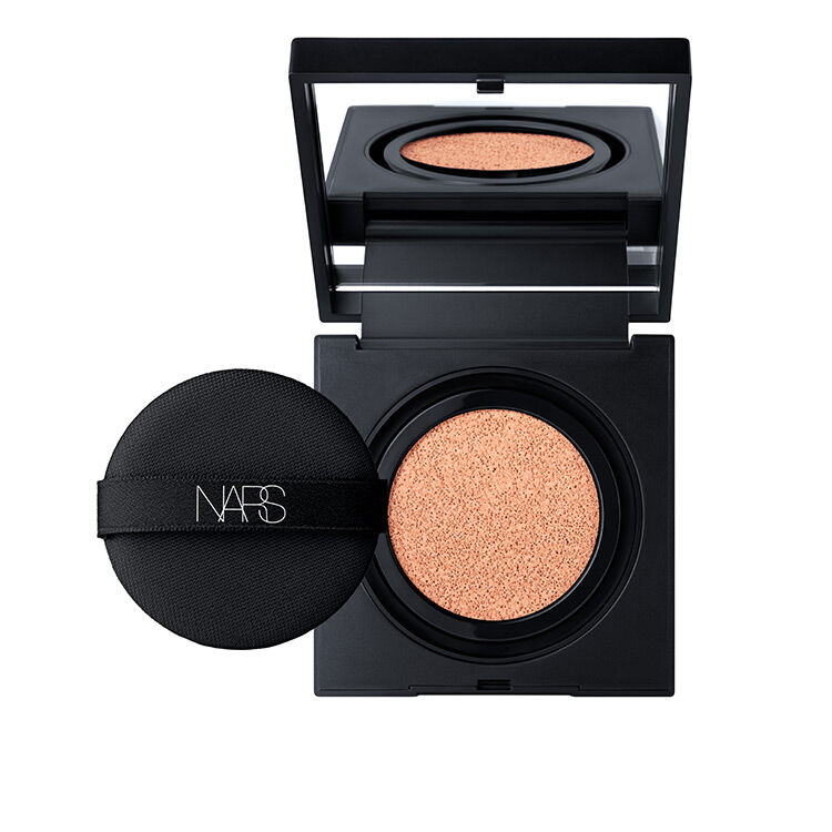 Natural Radiant Longwear Cushion Foundation SPF 50 PA+++, NARS Rostro