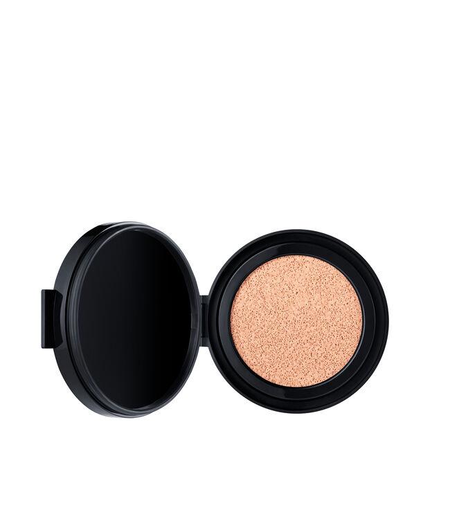 Natural Radiant Longwear Cushion Foundation SPF 50 PA+++ Recambio, NARS Bases de maquillaje