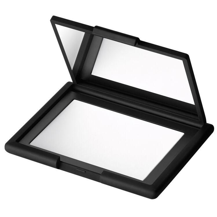 Light Reflecting Pressed Setting Powder, NARS Polvos
